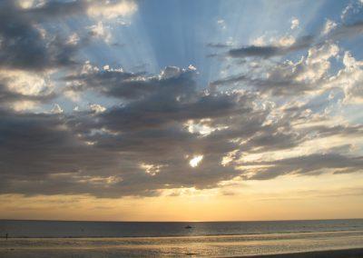 zonsondergang aan de franse kust