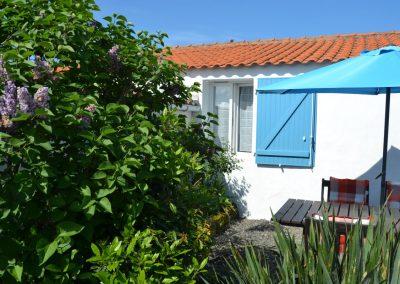 groene eigen tuin in vakantiewoning in Frankrijk