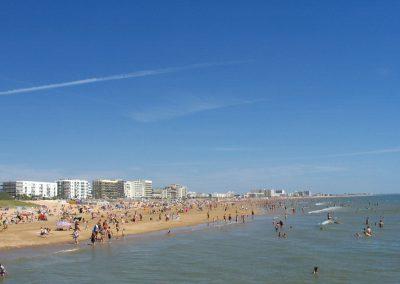 gezellig strand aan de franse kust