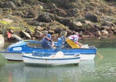vissers op de atlantische oceaan