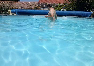 zwembad schoonmaken in frankrijk