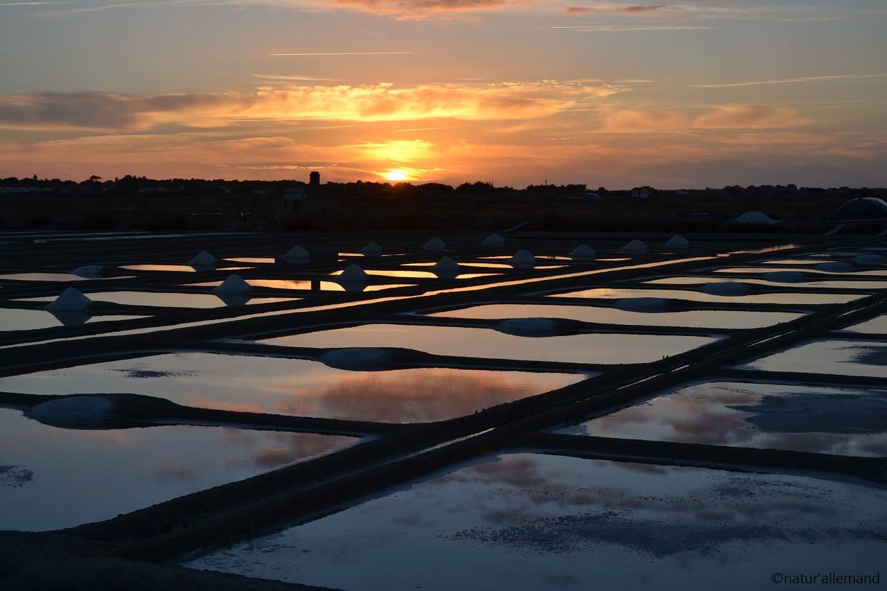 mooie zonsondergang in Frankrijk