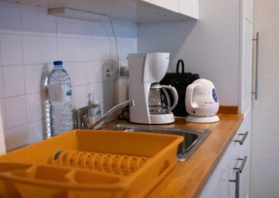 complete keuken in studio in Frankrijk